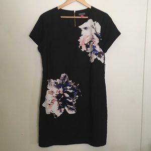 Vince Camuto Floral Shift Dress-12